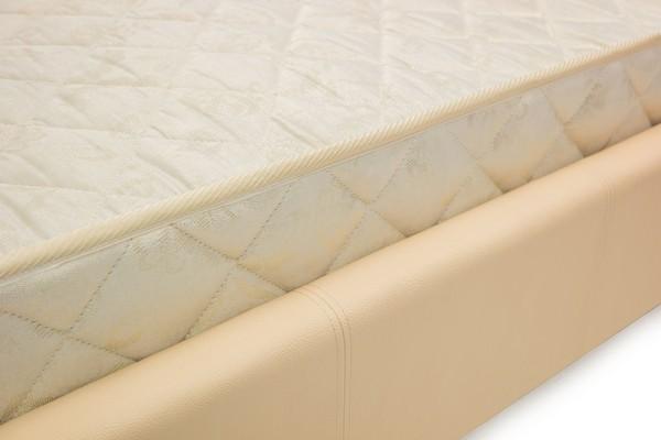 На фото № 4 Bed Verona