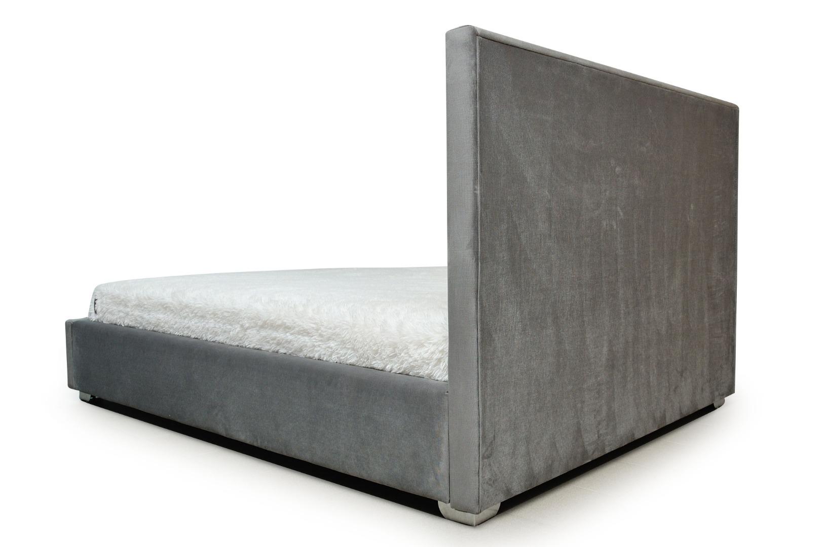 На фото № 11 Кровать Соты