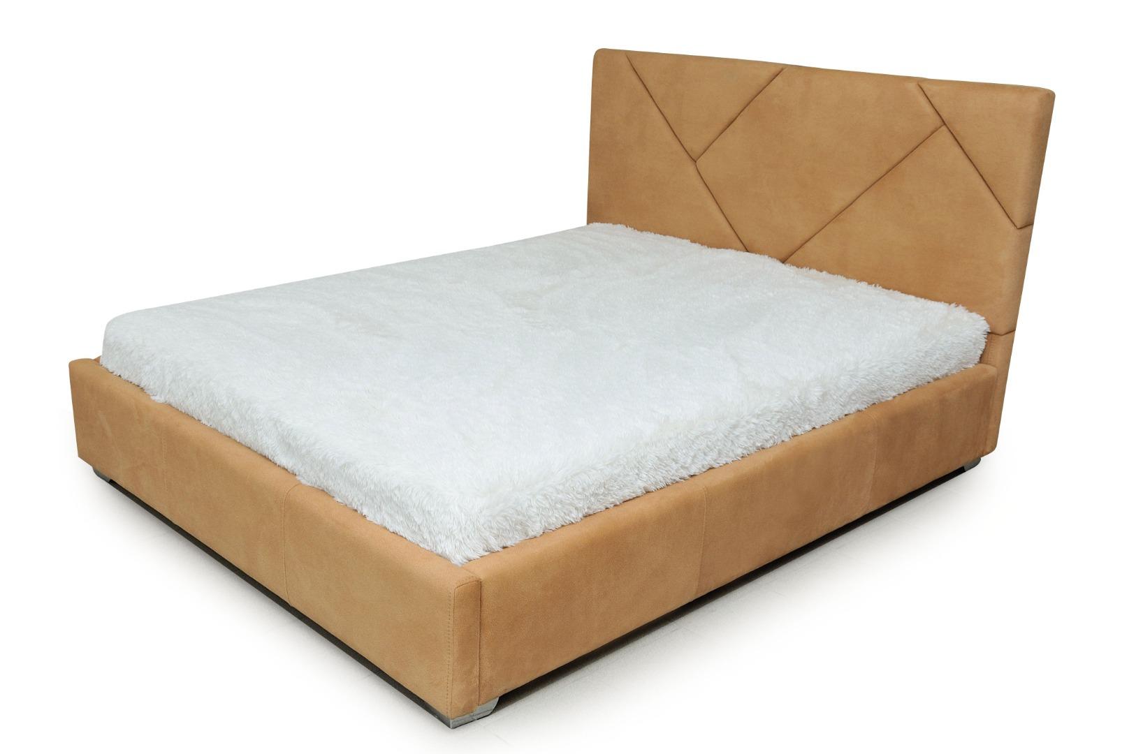 На фото № 2 Кровать Капри