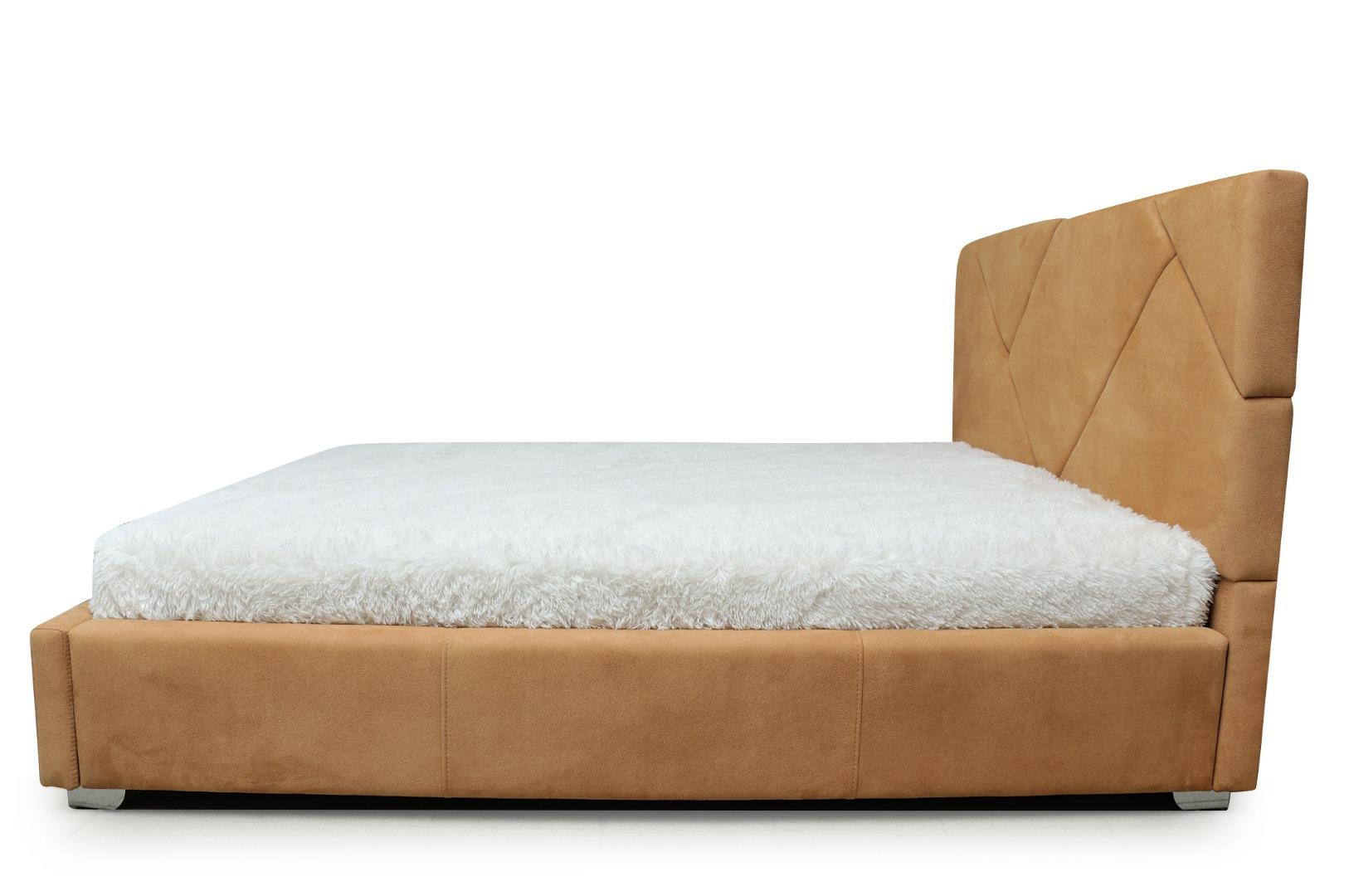 На фото № 3 Кровать Капри